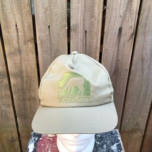 Vintage Yosemite Men's Snapback Hat